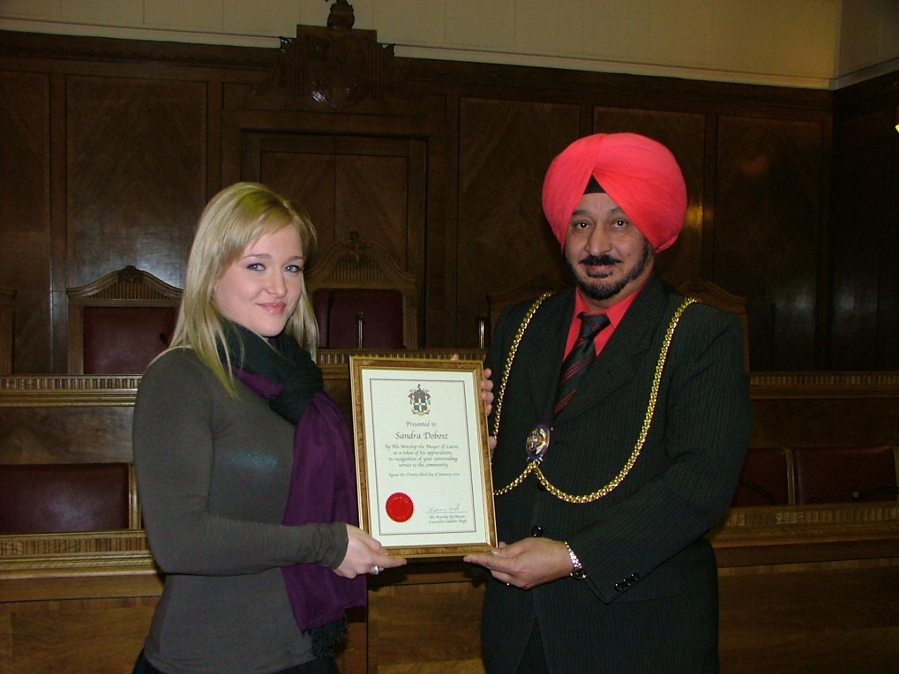 Sandra Doboz Volunteer Receives Mayor Of Luton Award